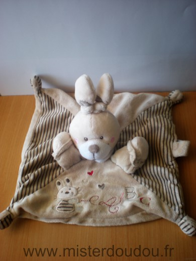 Doudou Lapin Nicotoy Beige broderie lapin coeur abc