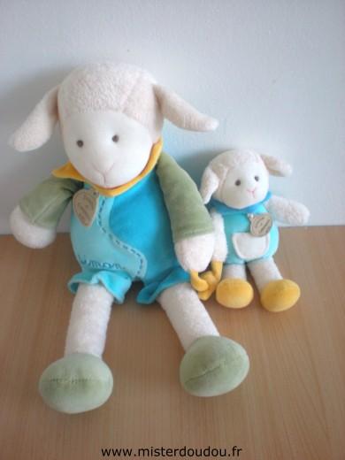 doudou mouton doudou et compagnie simon le mouton bleu. Black Bedroom Furniture Sets. Home Design Ideas