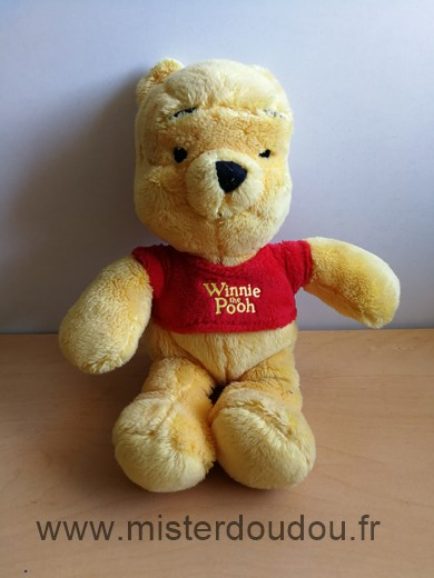 Doudou Ours Disney Winnie jaune pull rouge winnie the pooh