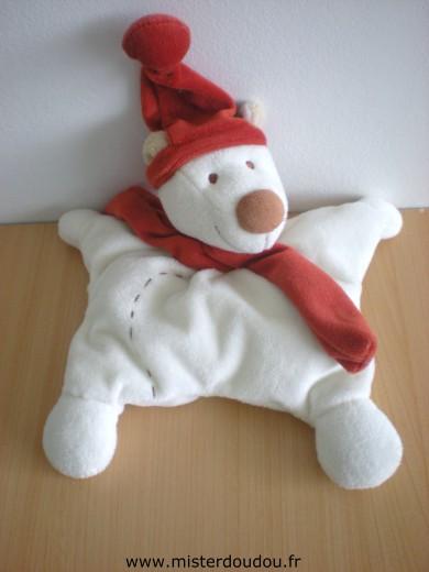 3a7b25d280bd Doudou Ours Kiabi baby Blanc echarpe et bonnet rouges - Mister ...